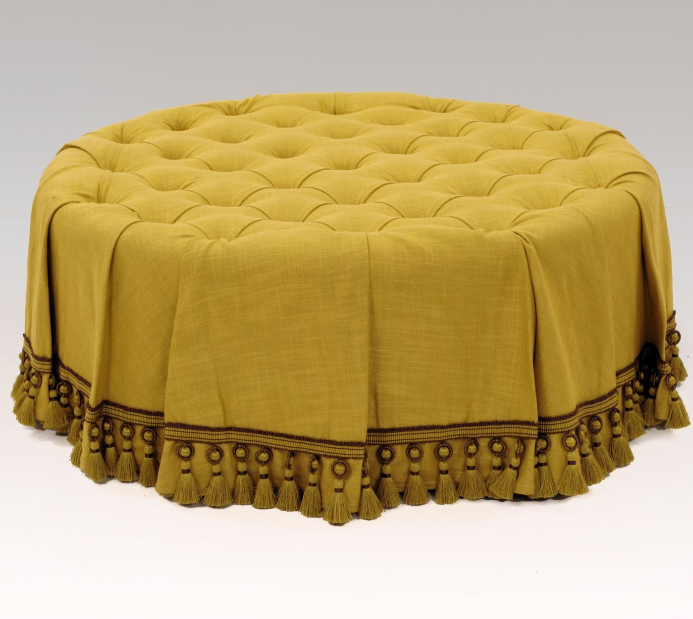 Deep Buttoned Stool With Skirt